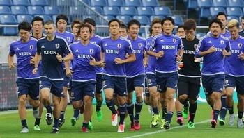 サッカー日本代表 カンボジア.jpg